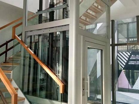 液压式家用电梯